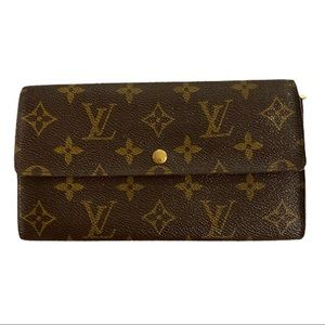 Authentic Louis Vuitton Sarah wallet monogram
